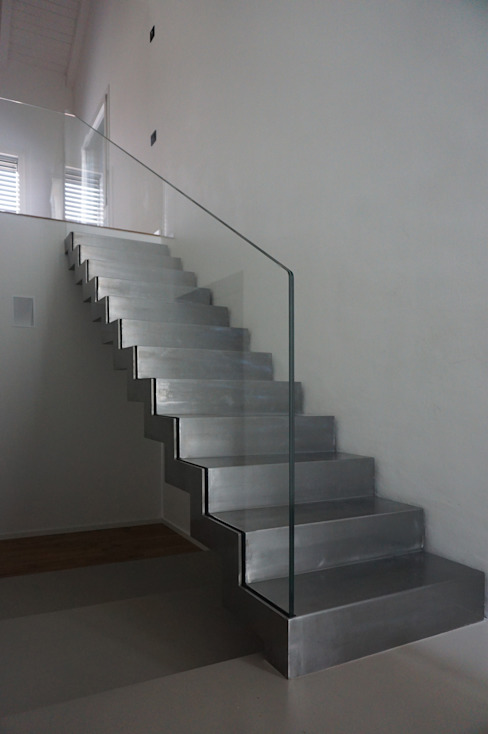 minimalist  by Plus Concept Studio, Minimalist