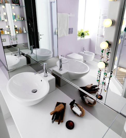 Modern bathroom by ARCHITETTO MARIANTONIETTA CANEPA Modern