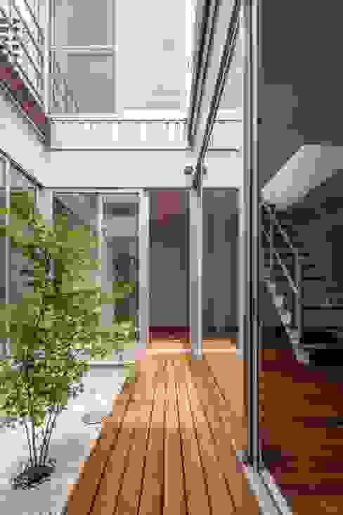 庭院 by 株式会社FAR EAST [ファーイースト], 現代風