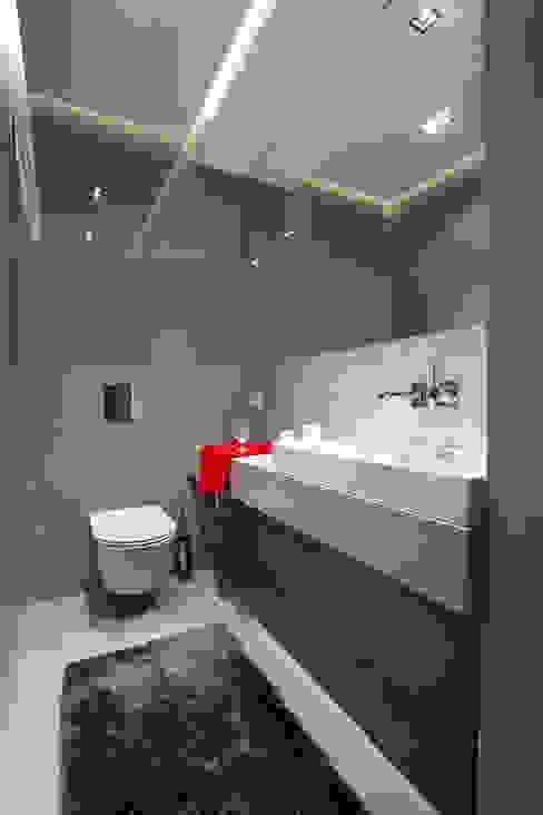 Mieszkanie na Gocławiu Nowoczesna łazienka od Jacek Tryc-wnętrza Nowoczesny