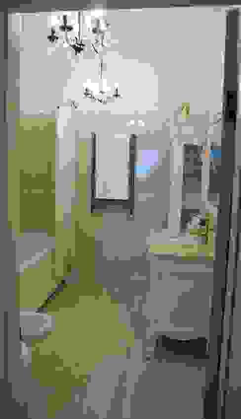 Classic style bathroom by Ширванова Оксана PerfectHome Classic