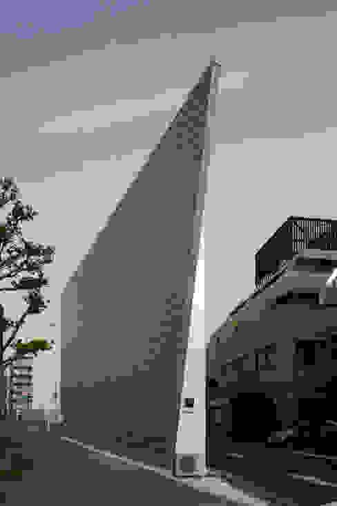 Houses by 杉浦事務所, Minimalist