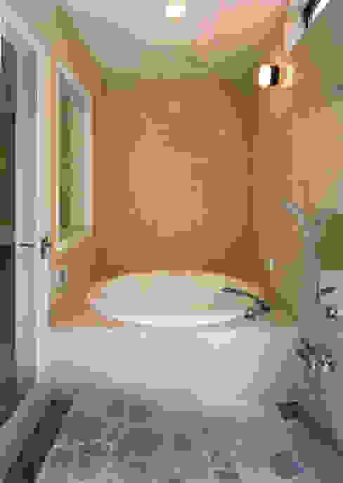バスルーム 地中海スタイルの お風呂・バスルーム の 豊田空間デザイン室 一級建築士事務所 地中海 磁器