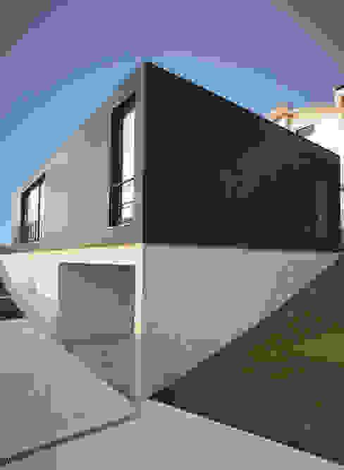 Casa de Moleiros Casas modernas por GRAU.ZERO Arquitectura Moderno Azulejo