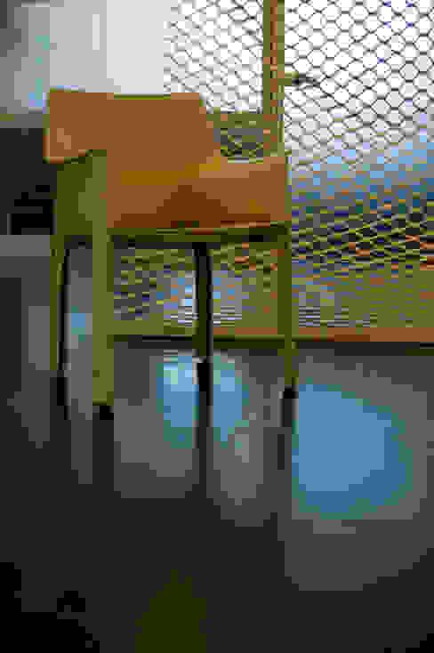 seduta e parete divisoria in cuoio di Rizzo 1830 Moderno Pelle Grigio