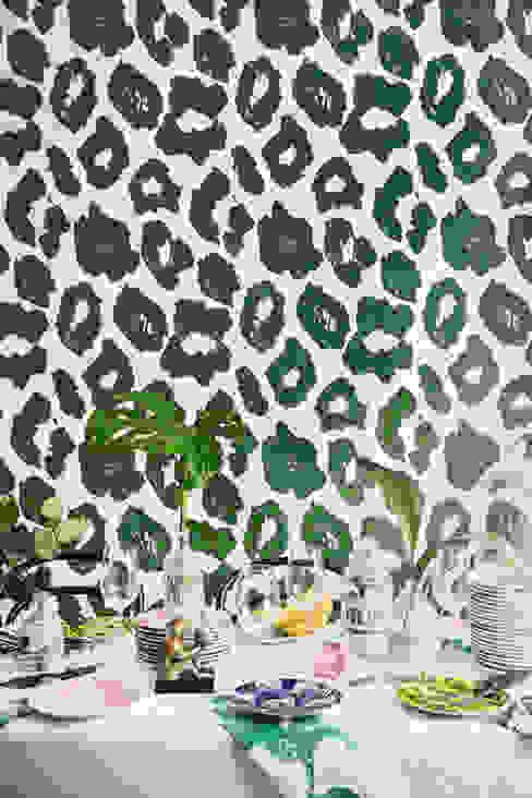 Cleo Wallpaper Oleh Studio Lisa Bengtsson Tropis