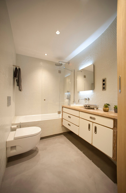 Modern bathroom by MADG Architect Modern