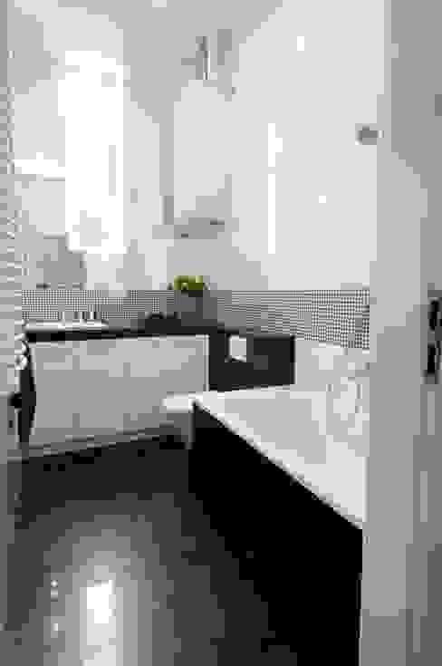 ARTEMA PRACOWANIA ARCHITEKTURY WNĘTRZ Baños de estilo moderno Blanco