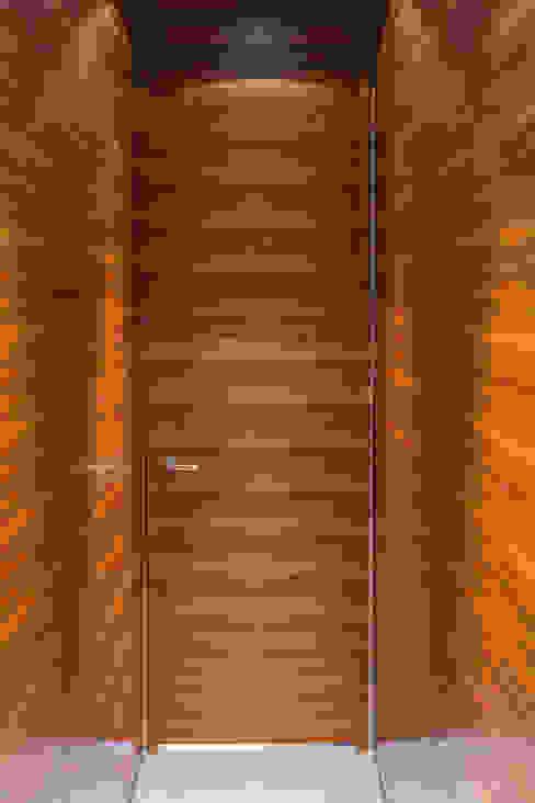 Conni Kotte Interior Puertas y ventanasPuertas