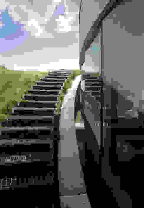 Corredores, halls e escadas por KWK Promes