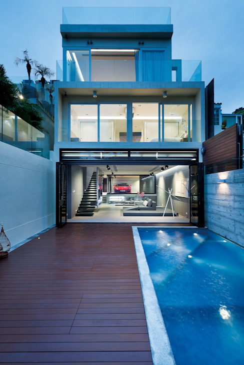 Magazine editorial - House in Sai Kung by Millimeter Modern houses by Millimeter Interior Design Limited Modern