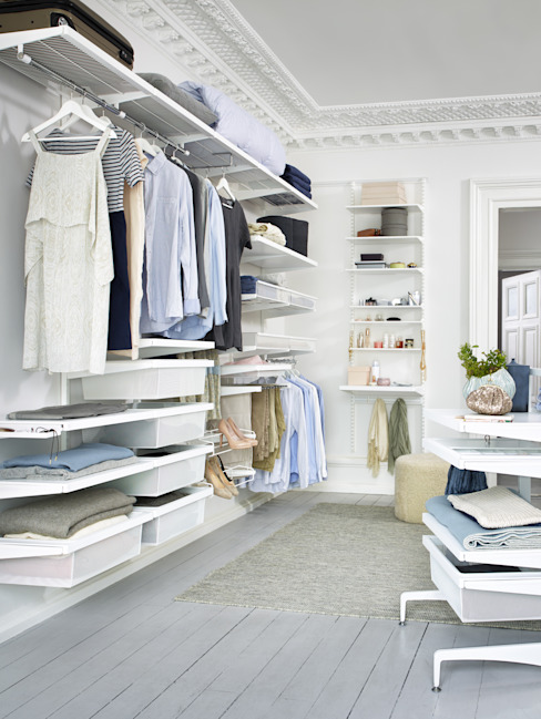 Dressing room by Elfa Deutschland GmbH, Scandinavian