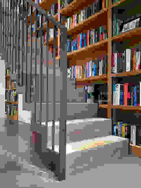 Aberdeen Park Modern corridor, hallway & stairs by ReDesign London Ltd Modern