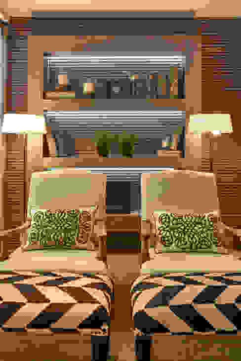 Балкон и терраса в стиле модерн от Gláucia Britto Модерн
