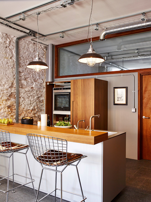 Warehouse Conversion Cocinas modernas: Ideas, imágenes y decoración de Sapphire Spaces Moderno