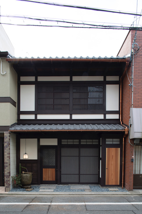 Asian style houses by 一級建築士事務所 (有)BOFアーキテクツ Asian