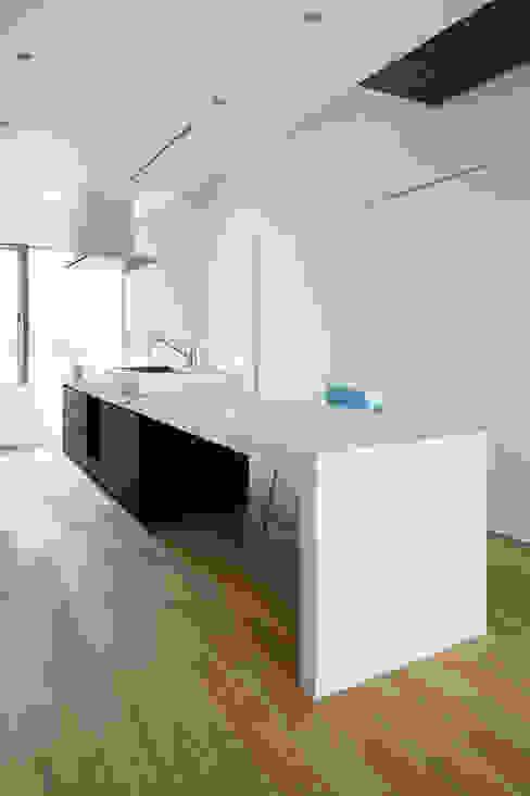 Кухня в стиле модерн от Smart Running一級建築士事務所 Модерн