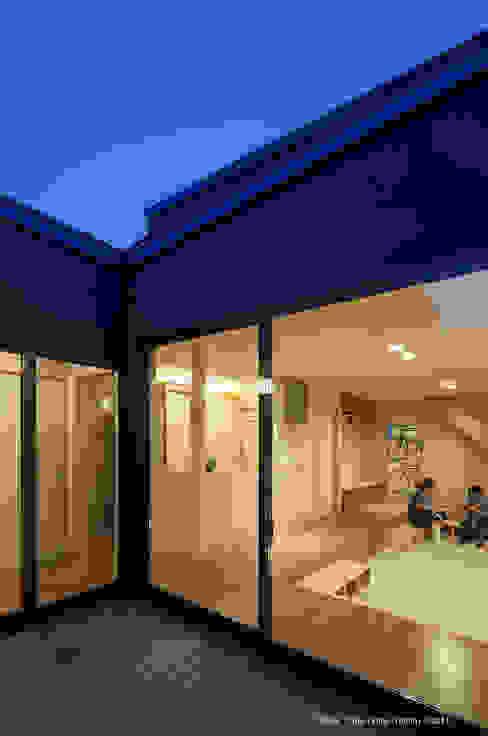 LINK HOUSE ミニマルデザインの リビング の 松岡健治一級建築士事務所 ミニマル 合板(ベニヤ板)