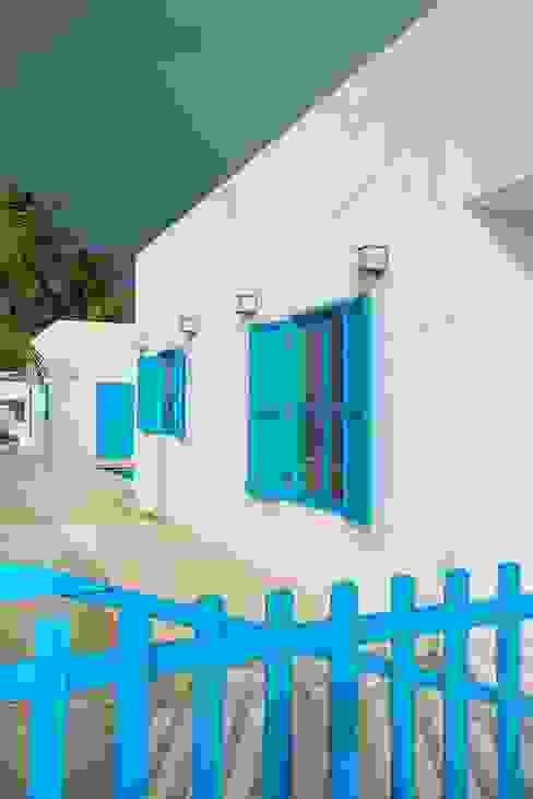 Villas Chuburná Puerto: Casas de estilo  por Arq Mobil, Mediterráneo