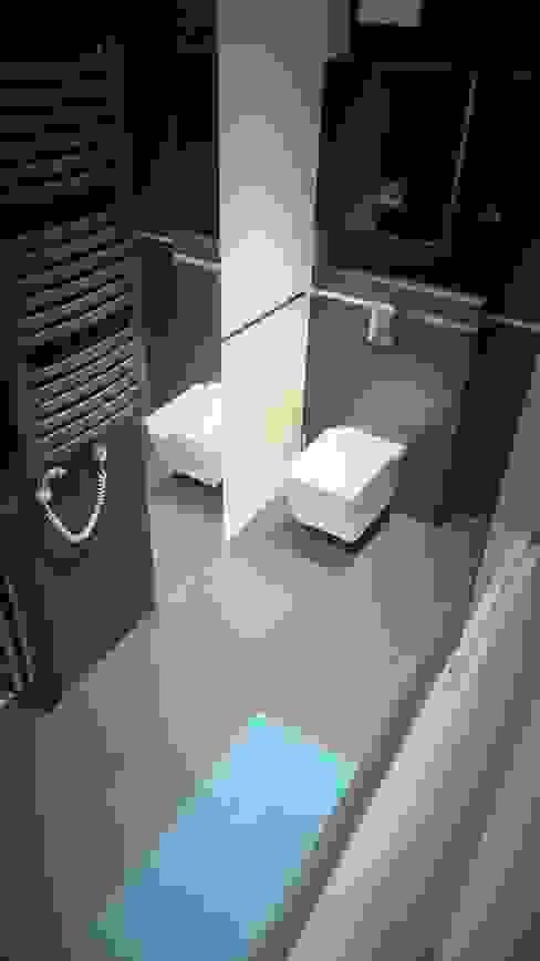 Spokojny apartament na Pańskiej w Warszawie: styl , w kategorii Łazienka zaprojektowany przez Project Art Joanna Grudzińska-Lipowska,