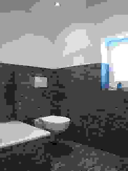 Eklektyczna łazienka od kg5 architekten Eklektyczny