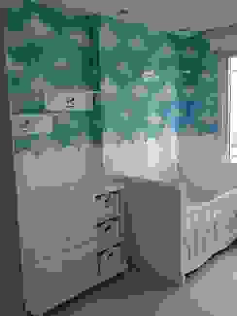 Nursery/kid's room by Hilal Tasarım Mobilya, Modern