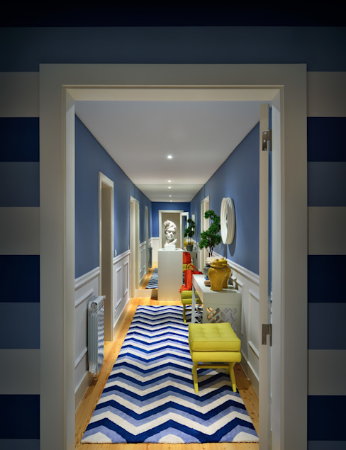 Modern corridor, hallway & stairs by Prego Sem Estopa by Ana Cordeiro Modern