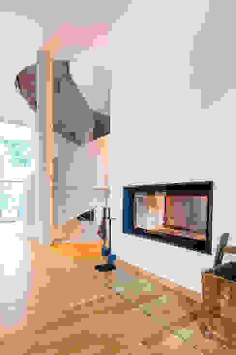 Wohnhaus in Dresden Moderne Wohnzimmer von Hildebrandt Architekten Modern