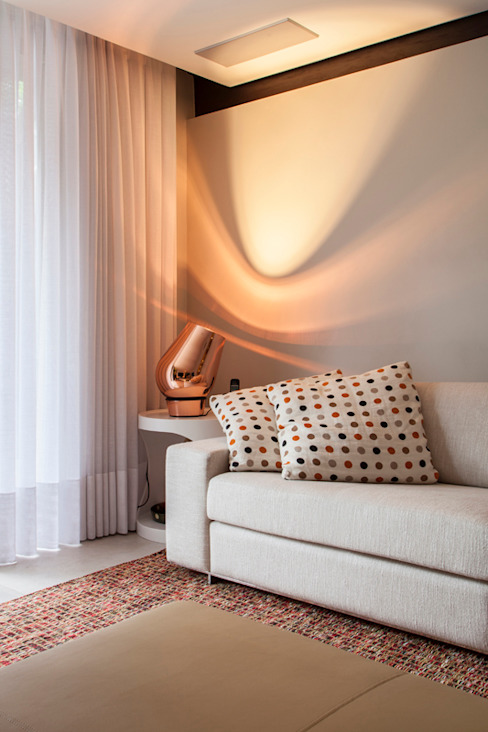 by Deborah Basso Arquitetura&Interiores Minimalist Copper/Bronze/Brass