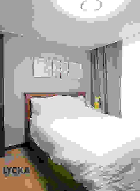 판교 아파트 홈드레싱: LYCKA interior & styling의  침실,북유럽