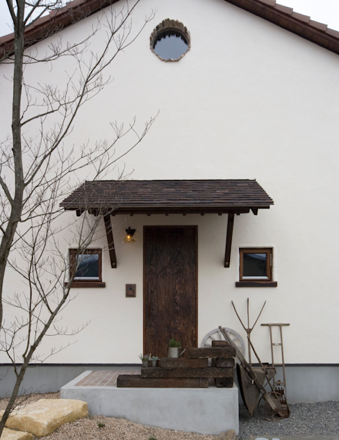 Rumah Klasik Oleh homify Klasik