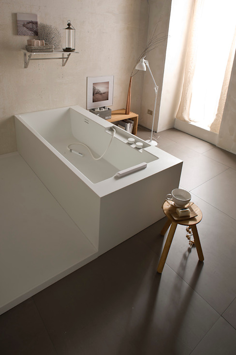 Giulio Gianturco BathroomBathtubs & showers Wood-Plastic Composite White