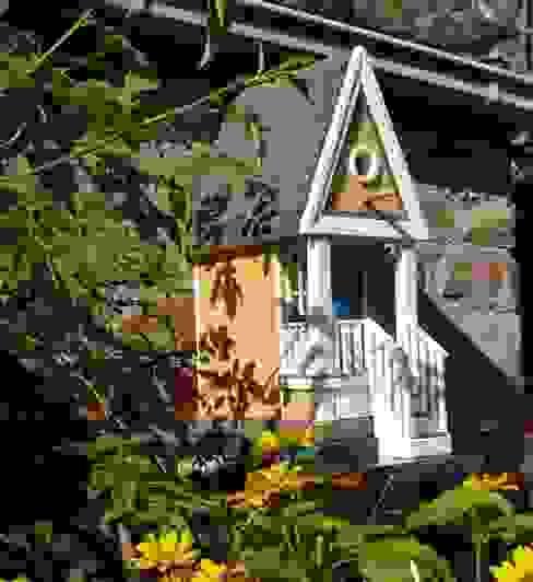 vogelhausmodelle von holzwerkstatt-manfred berger Landhaus
