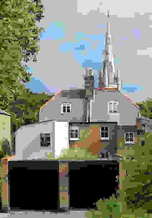 Wistanton Cottage 클래식스타일 주택 by Simon Gill Architects 클래식