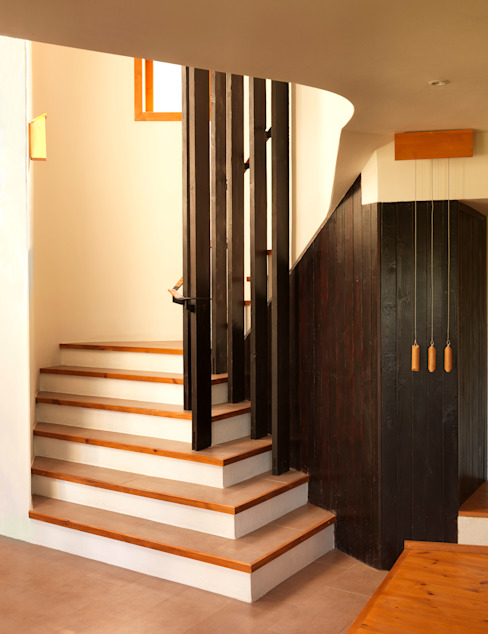 Fishing Lodge, Bulgaria Rustic style corridor, hallway & stairs by Simon Gill Architects Rustic