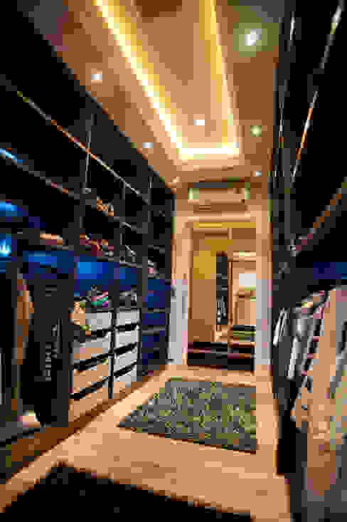 Modern Giyinme Odası Paulinho Peres Group Modern