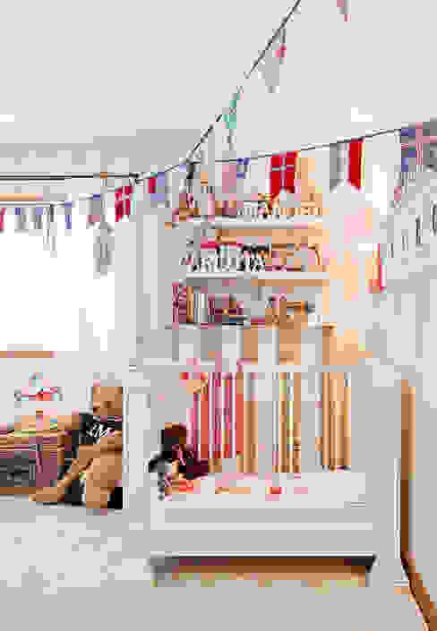 Dormitorios infantiles de estilo  por Gavetão- Decoração de Interiores, Rústico