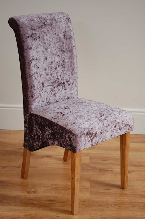 Milano Glitz Fondant Upholstered Scroll Back Dining Chair por homify Moderno