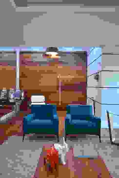 ARQ Ana Lore Burliga Miranda Modern corridor, hallway & stairs Textile Blue