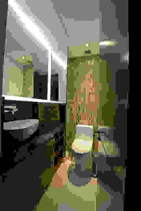 Bathroom by ESTUDIO TANGUMA