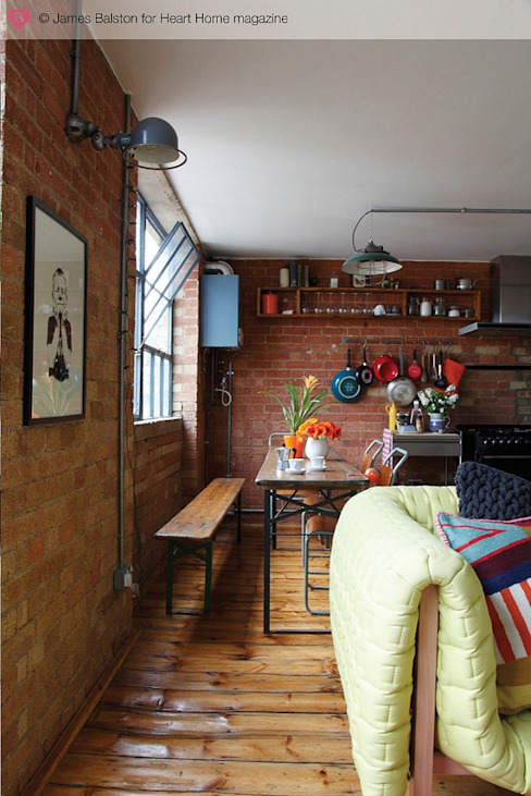 A Converted Warehouse in East London Ruang Makan Gaya Industrial Oleh Heart Home magazine Industrial