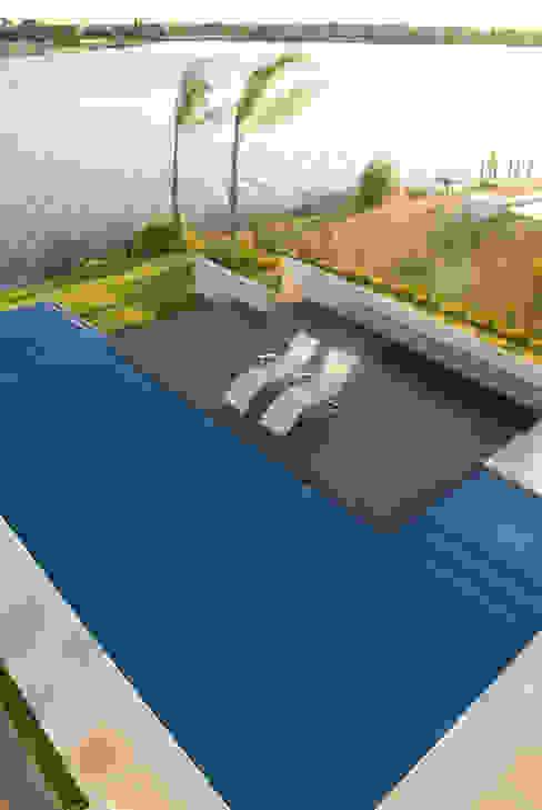 Pool by Ramirez Arquitectura,