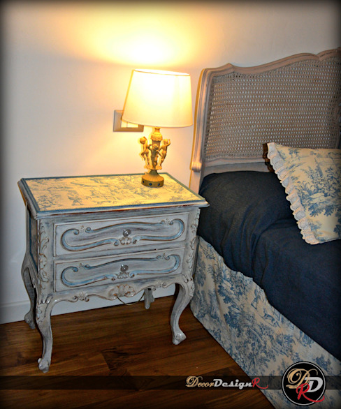 decordesignr di Annalisa Calì BedroomBedside tables Wood Turquoise