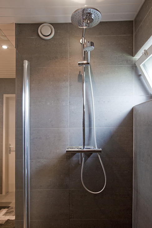Bathroom by Hans Been Architecten BNA BV