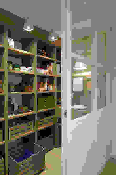 DEULONDER arquitectura domestica Kitchen Wood effect