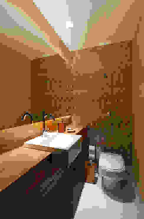 Lavabo Banheiros modernos por Mariana Borges e Thaysa Godoy Moderno