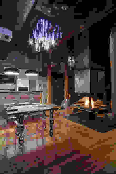 Lev Lugovskoy Industrial style kitchen