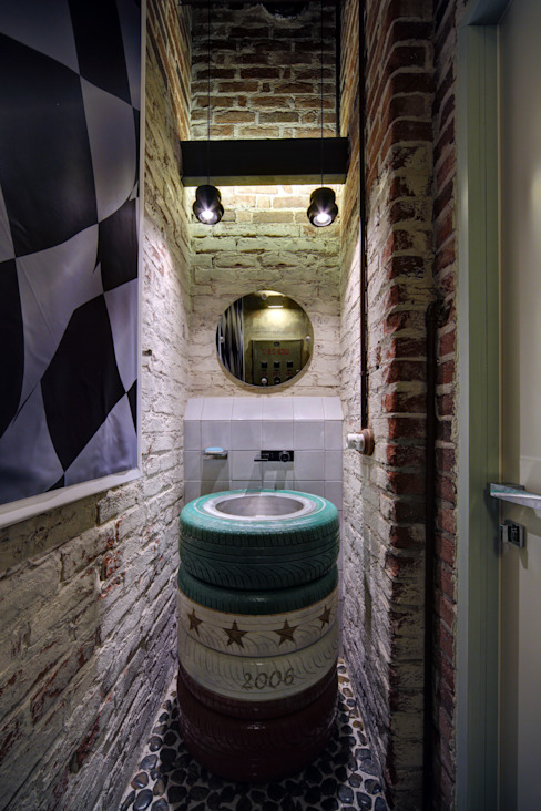 Industrial style bathroom by Lev Lugovskoy Industrial