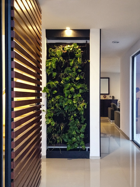 Minimalist corridor, hallway & stairs by Región 4 Arquitectura Minimalist