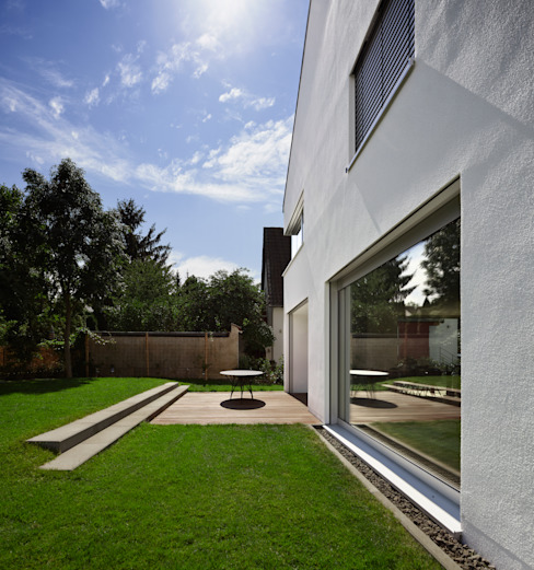 Moderne balkons, veranda's en terrassen van Marcus Hofbauer Architekt Modern